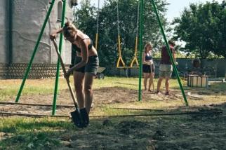 09_AUGUST_Russland_Spielplatzbau-1